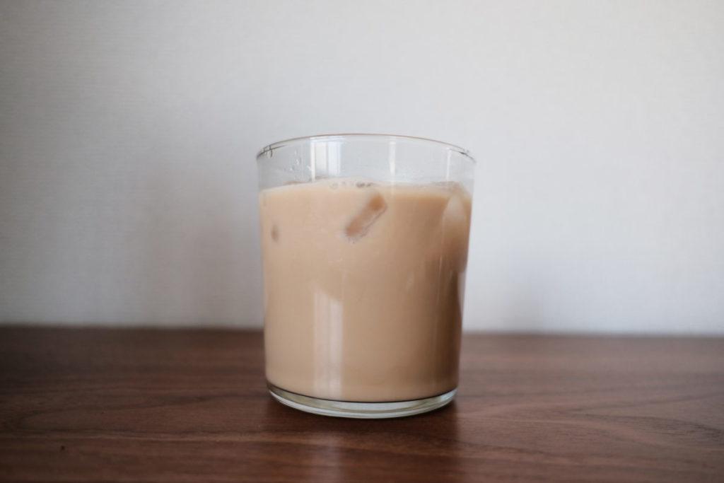 きび砂糖で作ったアイスカフェオレ