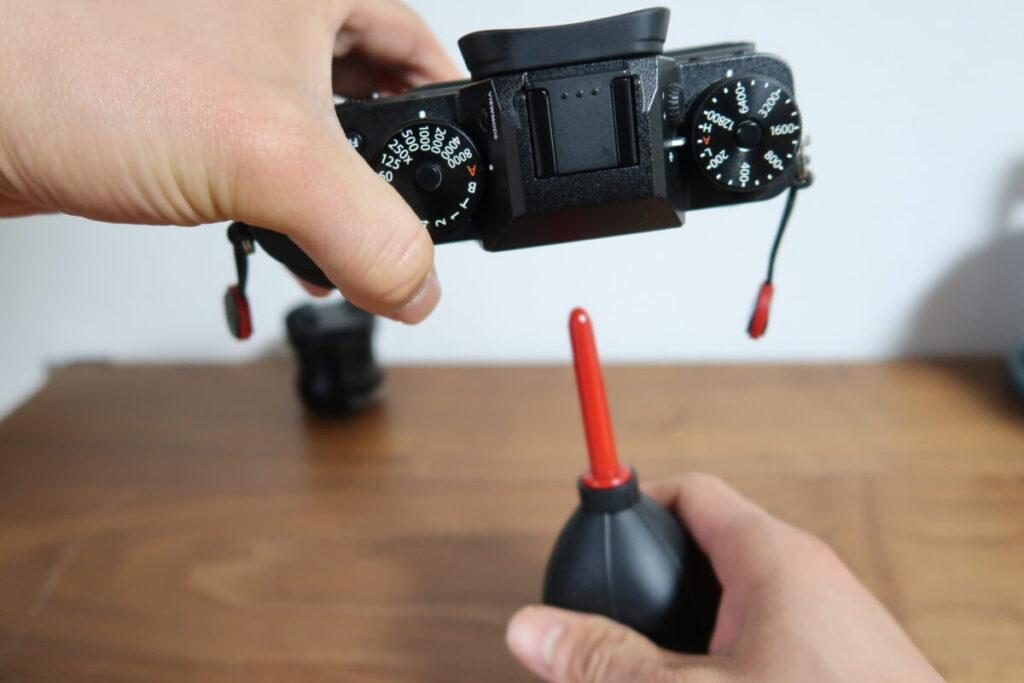 カメラのイメージセンサーを掃除する画像4